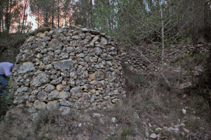 Hut made entirely of stones.