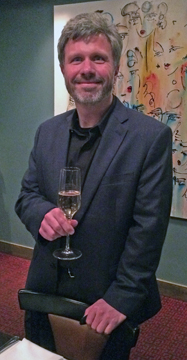 Steven Urberg with a Gloria Ferrer 2007 Royal Cuvée just before the start of dinner