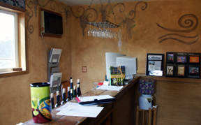 Wind River Cellars tasting room